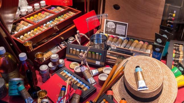 artist-paints-986366_1920